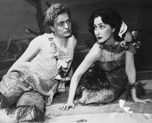 Foto sezione teatro Sergio Fantoni: 1952 Nel giardino erano in quattro di M. Caramello. Con Marisa Mantovani, Manlio Guardabassi e Silvio Noto. 1951.