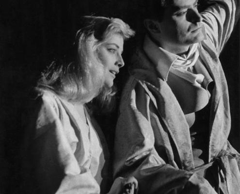 I giacobini di Fedrico Zardi. Regia di Giorgio Strehler. Con Virna Lisi, Tino Carraro, Luigi Vannucchi. 1957.