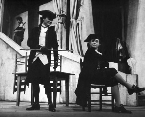 L'impresario delle Smirne di Carlo Goldoni. Regia di Luchino Visconti. Con Edda Albertini, Ilaria Occhini, Corrado Pani. 1957.