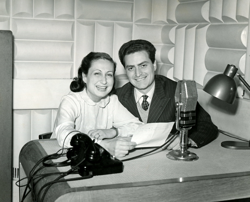 1952. RAI. Roma. Tutti i giorni di Riccardo Morbelli. Con Vanna Polverosi.
