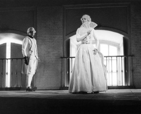 Minna di Barnhelm di Gotthold Ephraim Lessing. Regia di Giorgio Strehler. Con Andrea Johnansson, Pamela Villoresi. 1982.