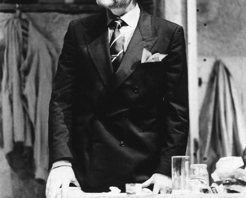 Orfani di Lyle Kessler. Regia di Ennio Coltorti. Con Sergo Rubini (solo al Festival di Asti) poi Giulio Scarpati e Ennio Fantastichini. 1987.