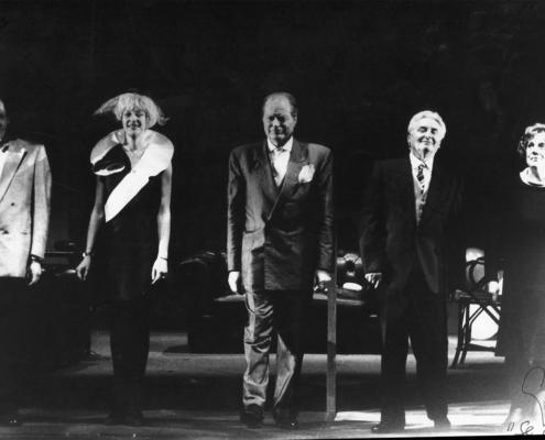 I soldi degli altri di Jerry Sterner. Regia di Sergio Fantoni. Con Ettore Conti, Carola Stagnaro, Edda Valente. 1991.